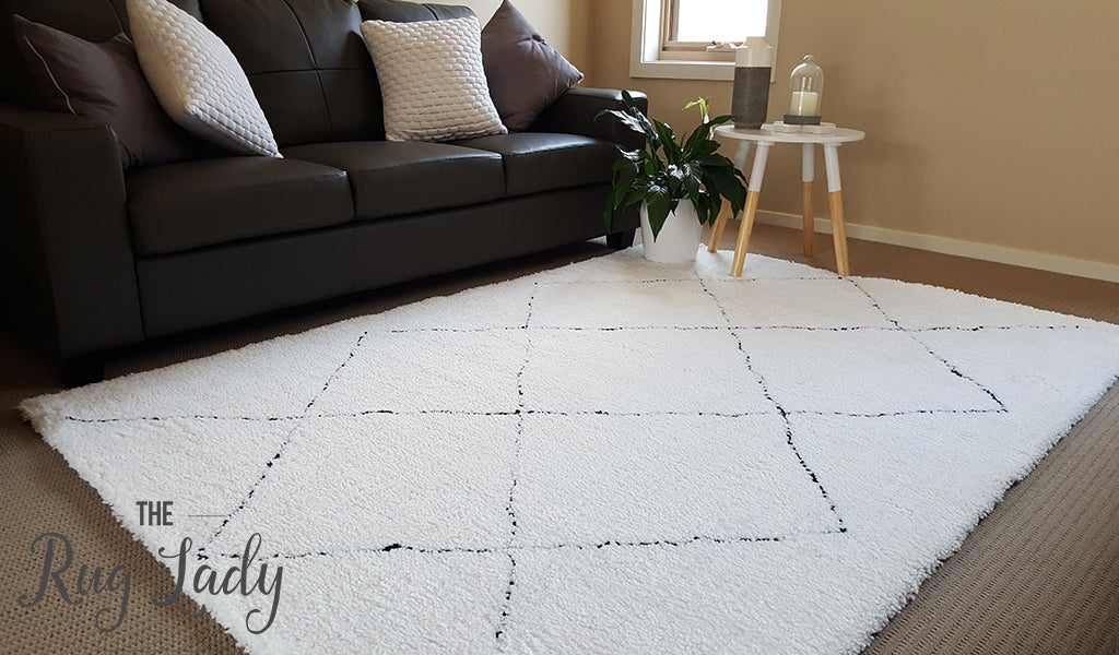 Tribal Shaggy White Black Moroccan
