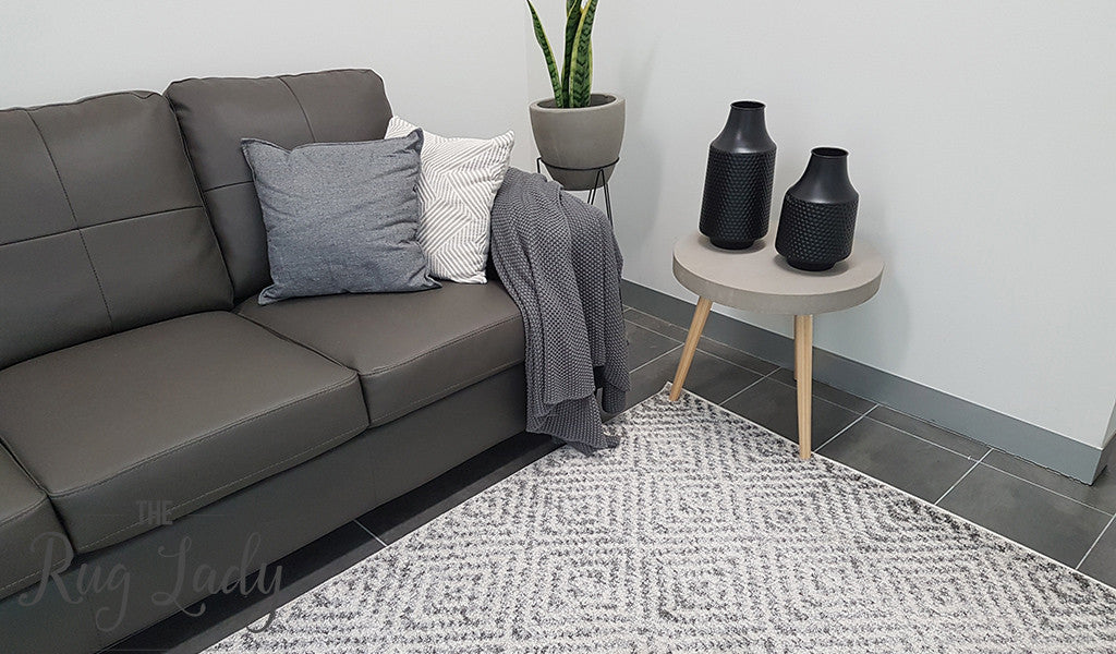 Aspire Grey White Diamond Pattern Rug