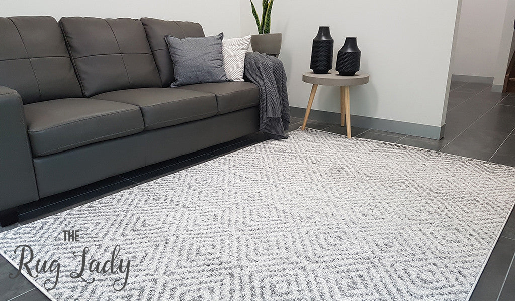 Aspire Grey White Diamond Pattern Rug The Rug Lady