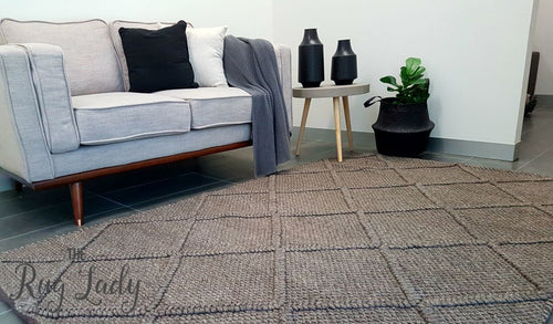 Artiste Grey Braided Lattice Flat Weave Rug