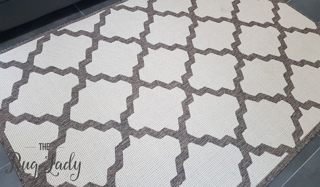 Coastal Off White Grey Moroccan Trellis Pattern Rug