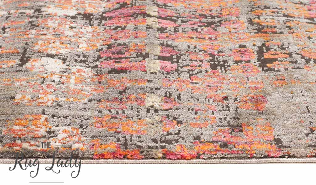 Bella Faded Multicolourned Distressed Vintage Rug