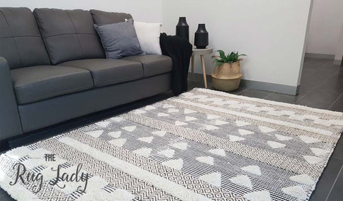 Bohemian Ivory Hand-Loomed Textured Rug