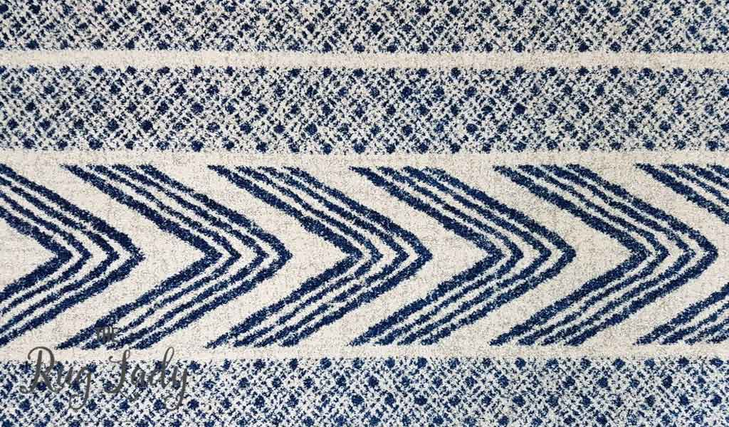 Mystique Navy and White Tribal Imprints Round Rug