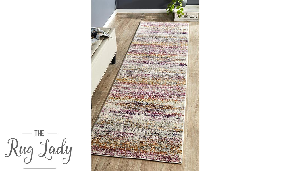 Maya Fuchsia Geometric Medallion Transitional Hallway Runner