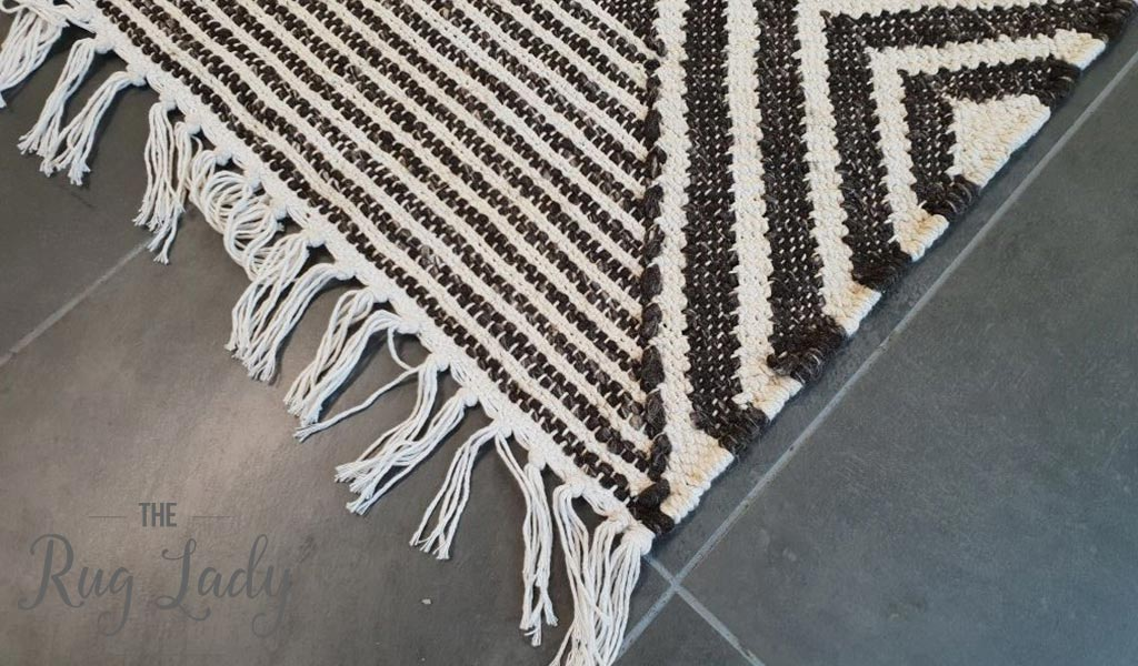 Bohemian Brown Charcoal Diamond Hand-Loomed Textured Rug