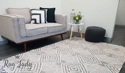 Bohemian Grey Diamond Hand-Loomed Textured Rug