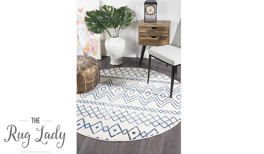 Heaven Ivory Blue Tribal Pattern Round Rug