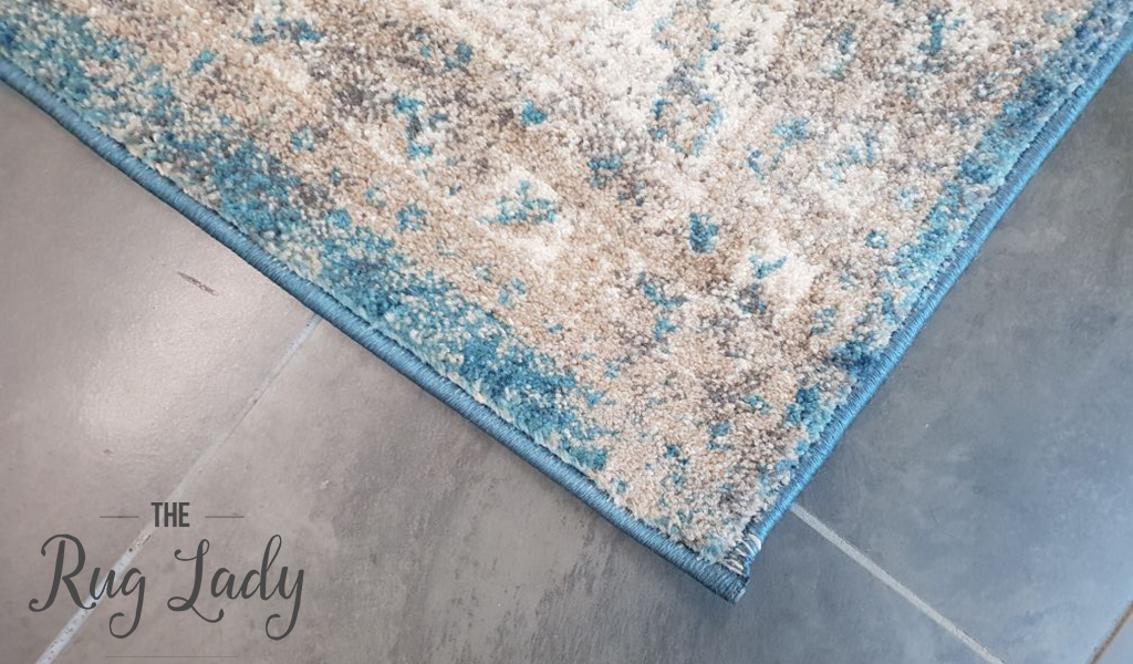 Ziah Blue Oriental Traditional Rug