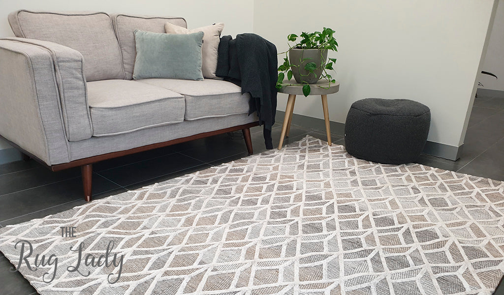 Visage Cream Geometric Diamond Pattern Rug