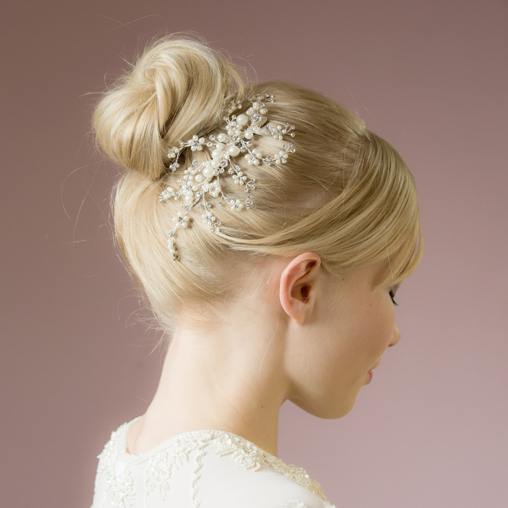 Betsy pearl and crystal hair comb