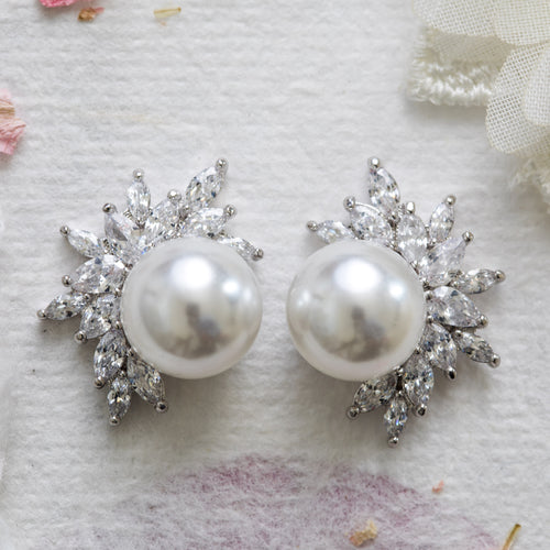 Cece crystal and pearl silver earrings
