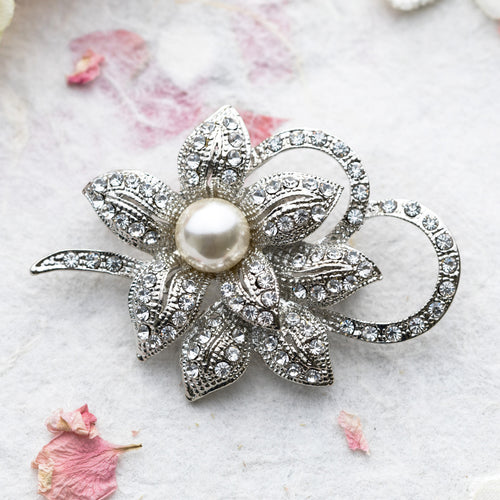 Cindy crystal and pearl brooch