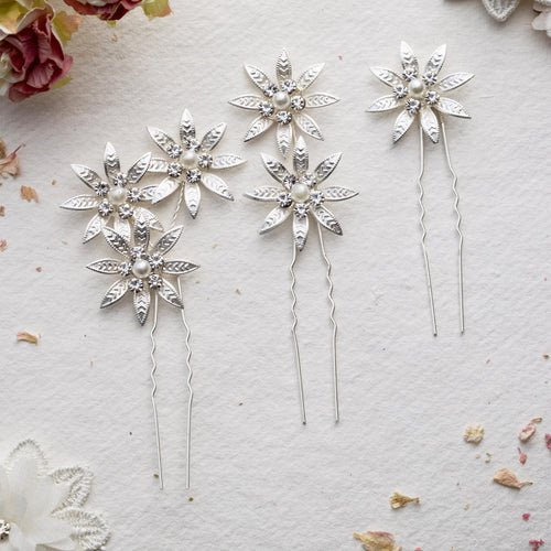 Elliot set of three hair pins