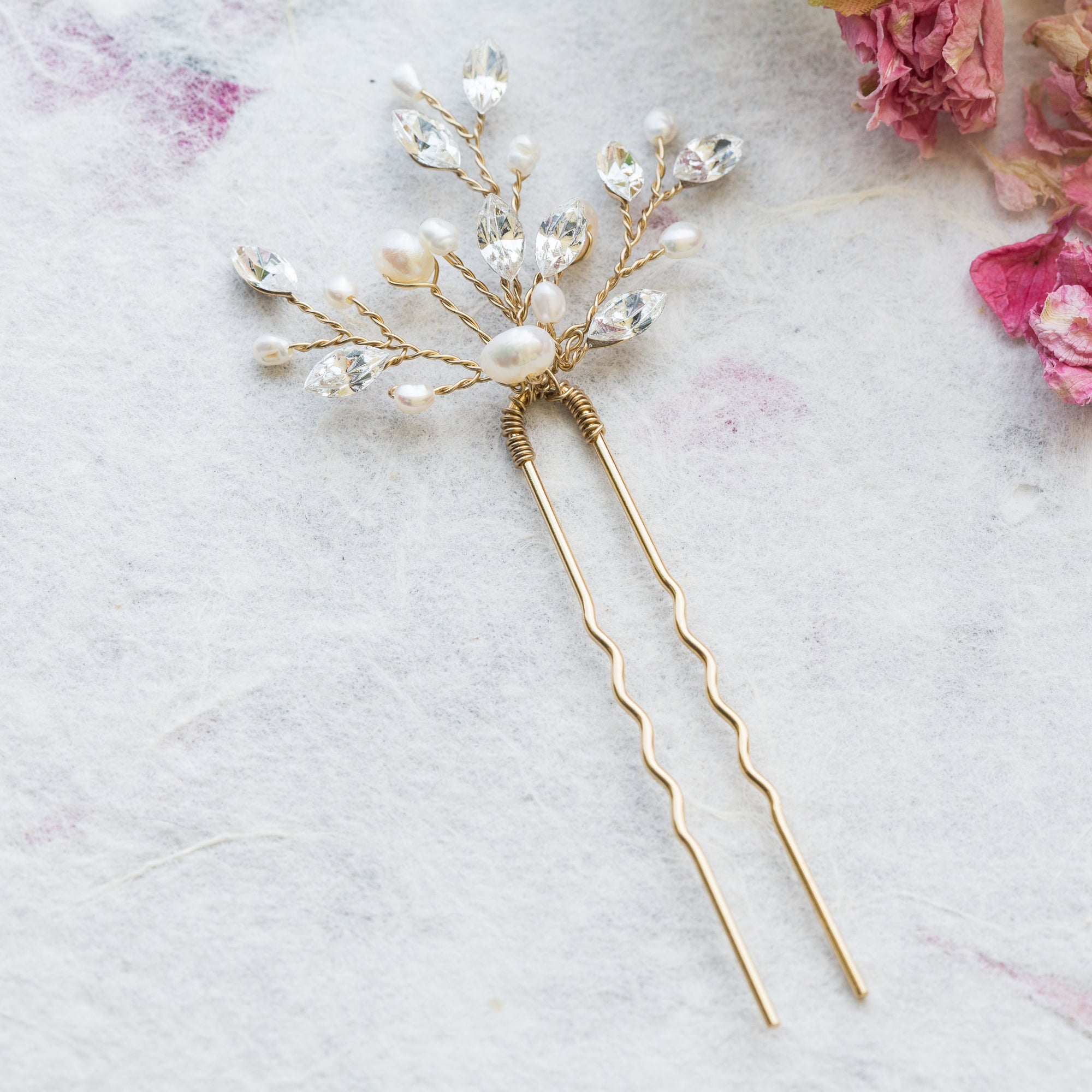 Elodie pearl and crystal gold hair pin