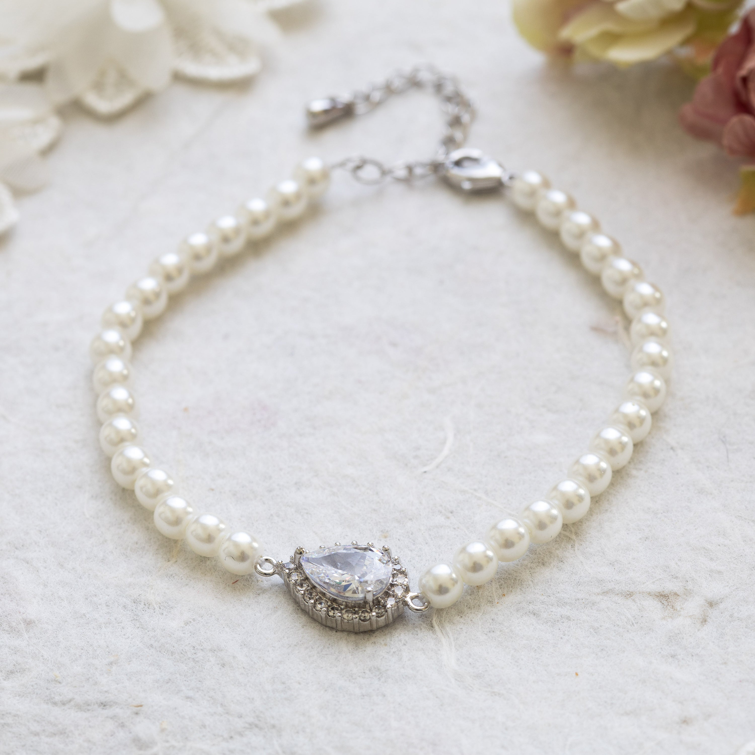Hettie pearl and crystal gold bracelet