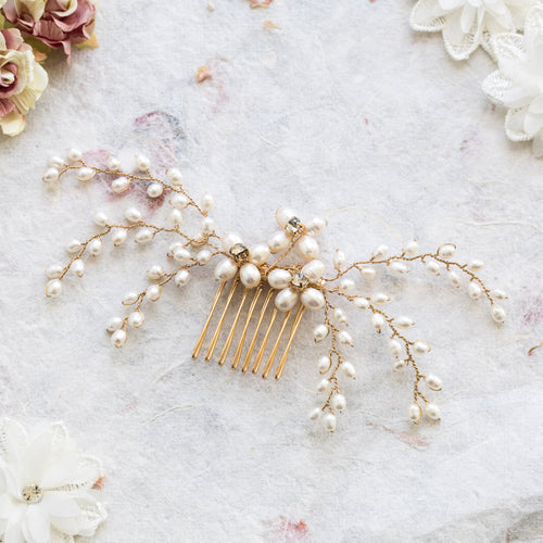 Lotte pearl and gold hair comb