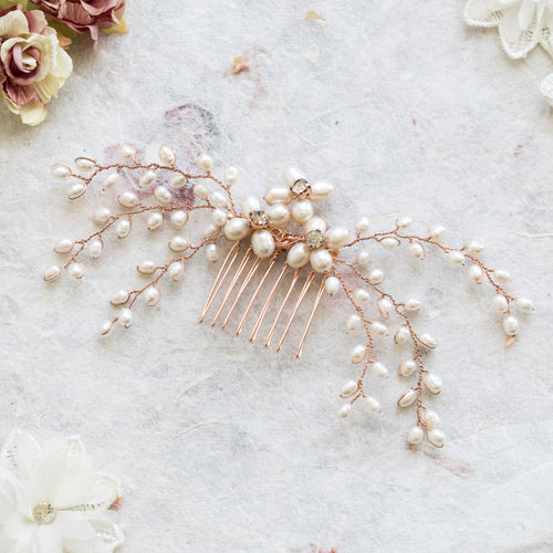Lotte pearl and rose gold hair comb