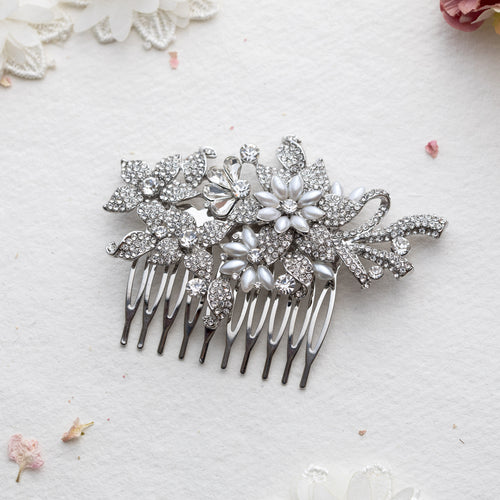 Maryam pearl and crystal hair comb