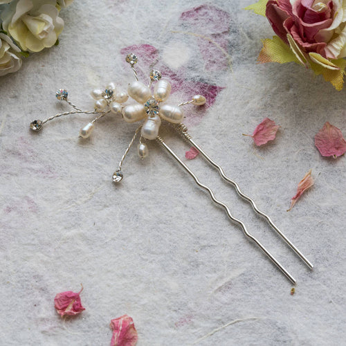 Neva pearl and crystal hair pin