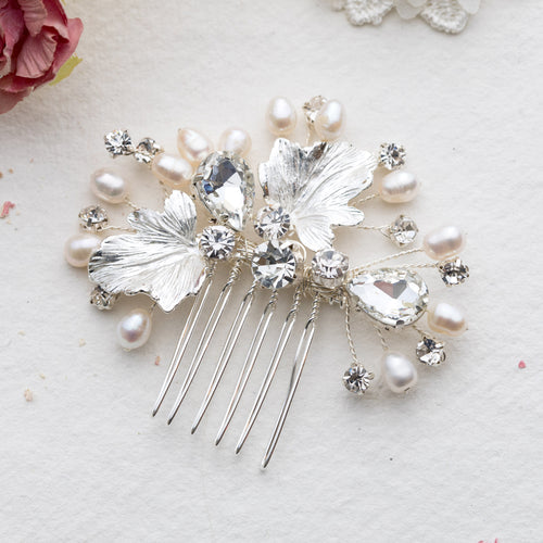 Synne flower silver hairpiece