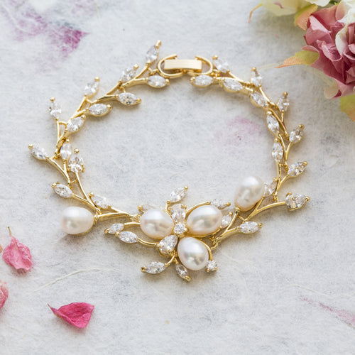 Tallulah gold and pearl bracelet