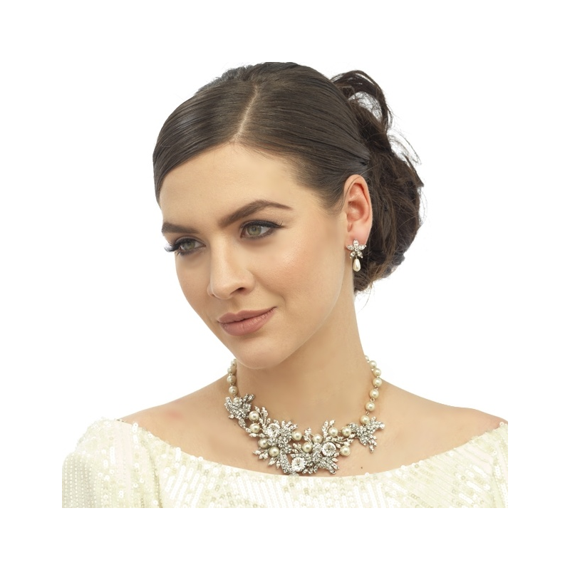 Marguerite necklace and earring set