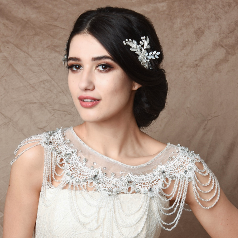 Amal flower silver hairpiece