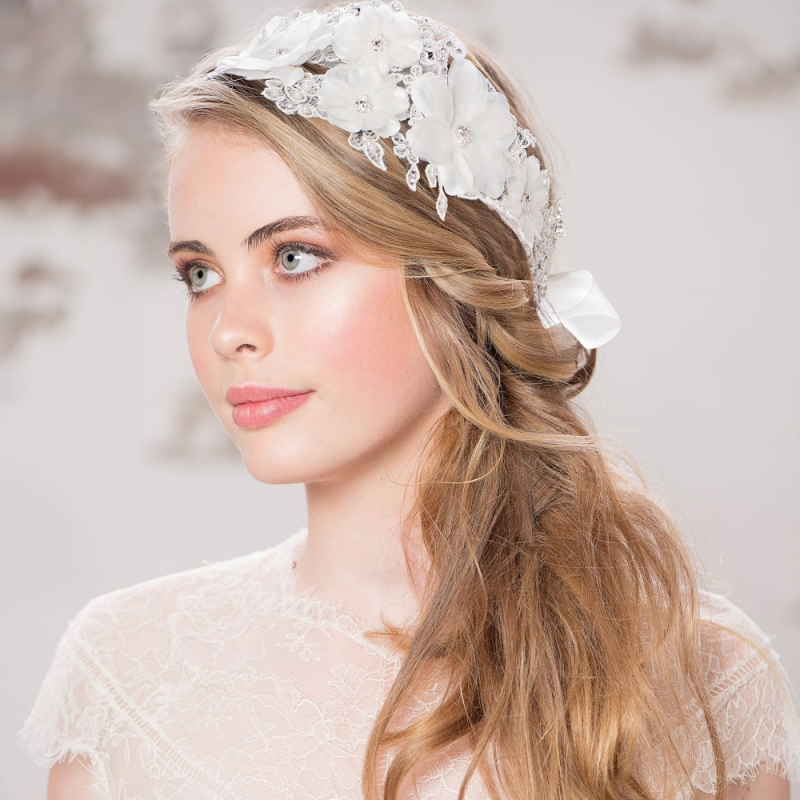 Ivana flower lace hairband