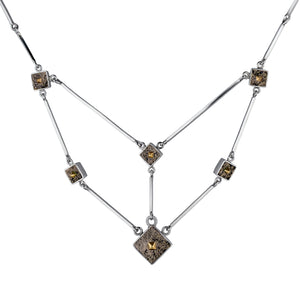 Twist Necklace in Pyrite