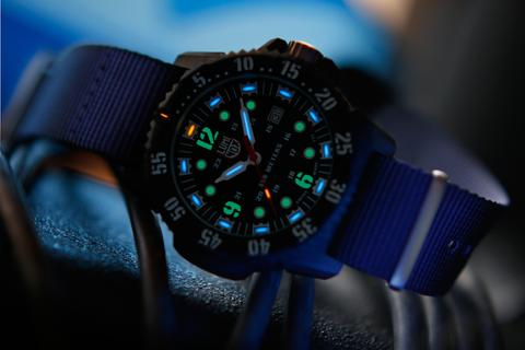 Luminox 3803 Master Carbon Seal
