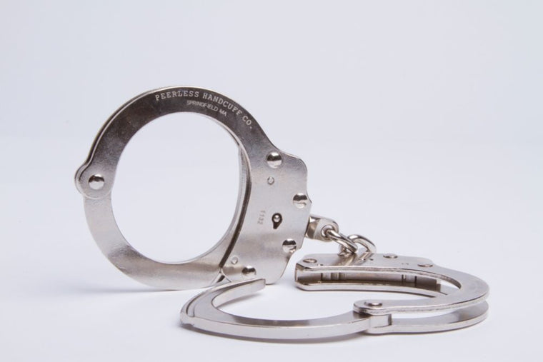 PEERLESS Model 700C - Chain Link Handcuff - Nickel Finish