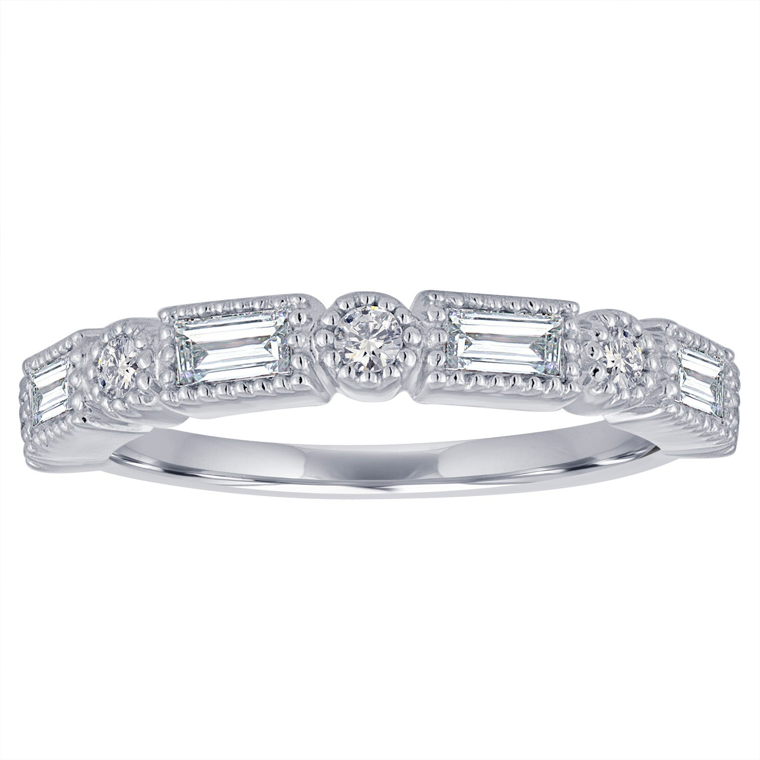 Band with alternating horizontal baguettes and round diamonds