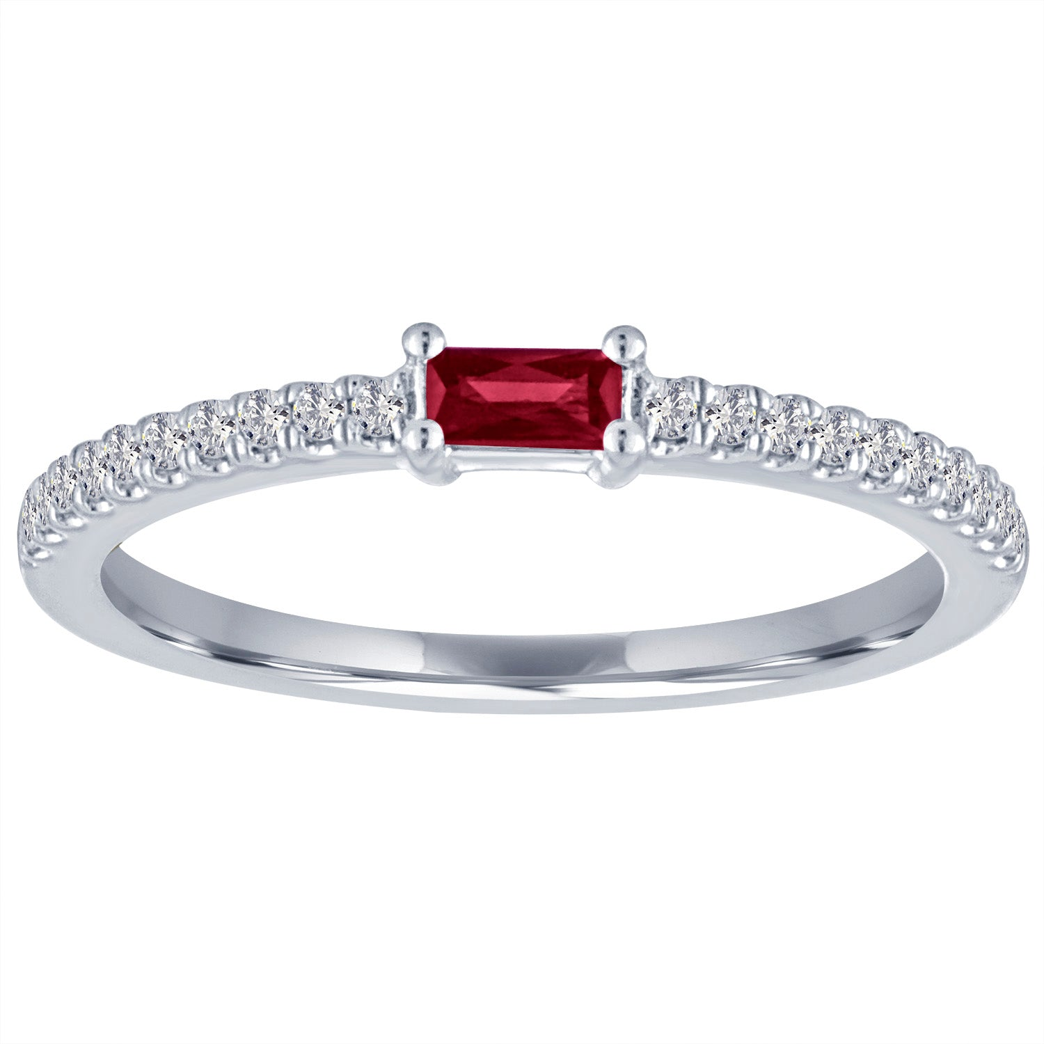 The Julia ring with garnet center