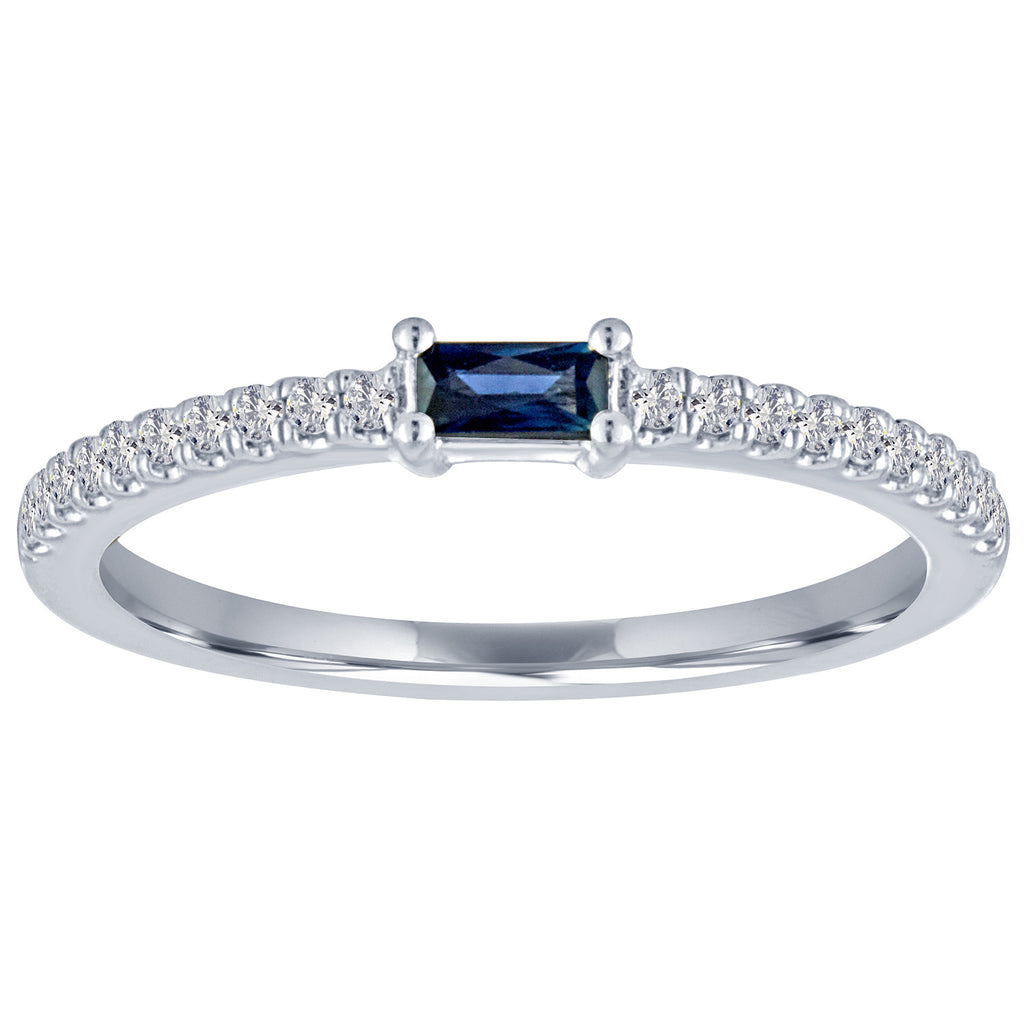 The Julia ring with blue sapphire center