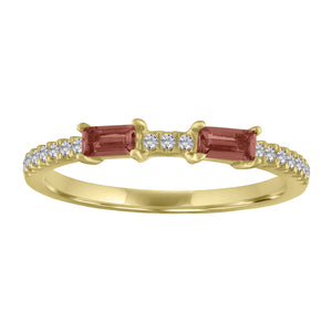 Ida ring with two garnet baguettes