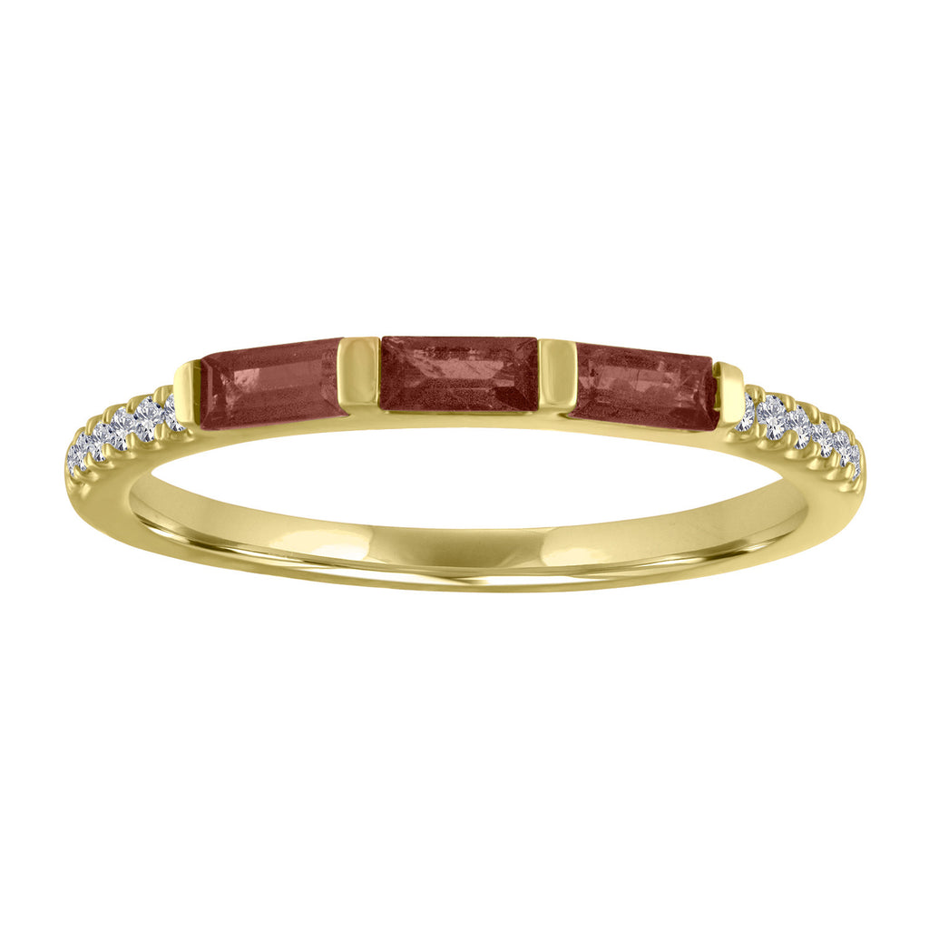 Julie ring with 3 garnet baguettes