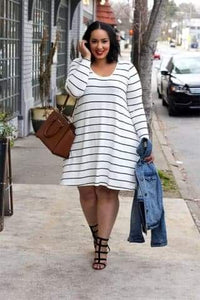 Plus Size V-Neck Full Regular Knee-Length Casual Dress