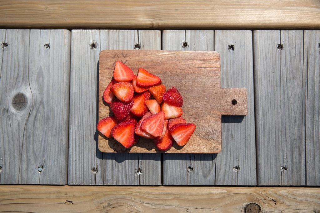 Why You Should Be Eating Strawberries Before Bed