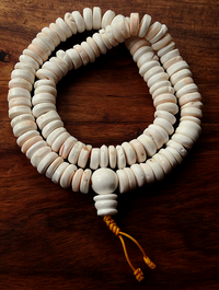 Large Conch Shell Disc Bead Mala