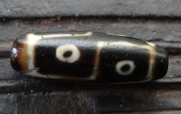 Rare Ancient Six Eyed dZi Bead - 36 mm