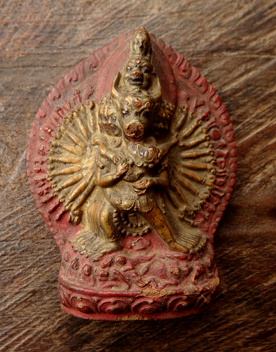 Rare Antique Vajrabhairava or Yamantaka Tsa Tsa with seal stamp - 18th C
