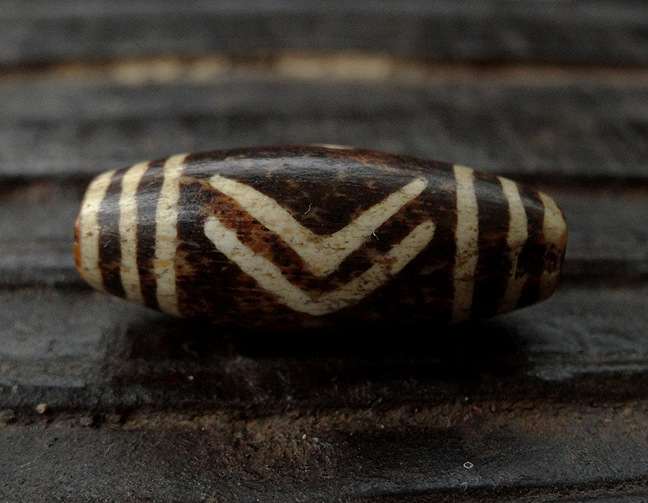 Ancient Bird/Chevron Pumtek Bead - 25mm