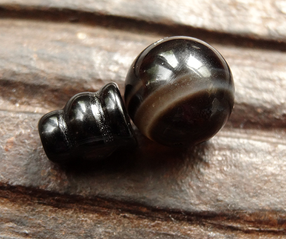 Dark Agate Guru Bead - 11 mm