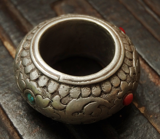Antique Tibetan Silver Ring - East Tibet