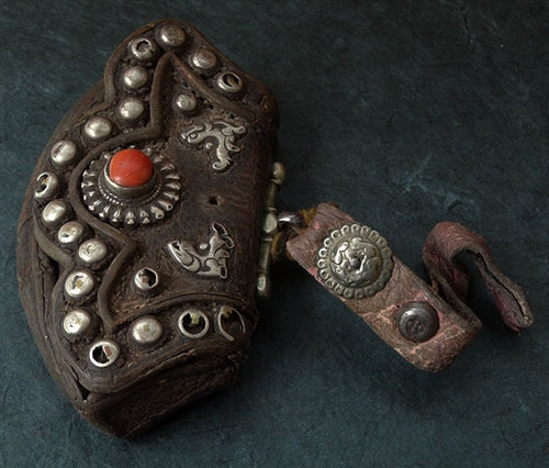 Antique Tibetan Leather Pouch (Chuckmuck, Tibetan: Mechag) - 19th C