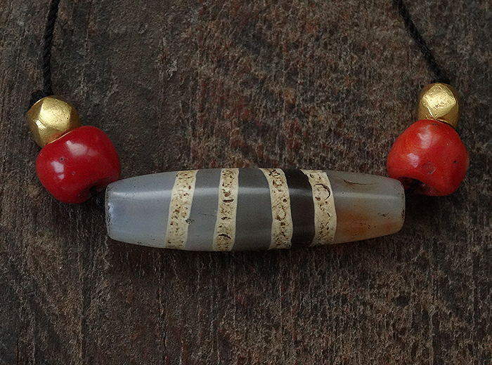 Ancient Four Striped Chong dZi with Red Coral & Gold - 37 mm