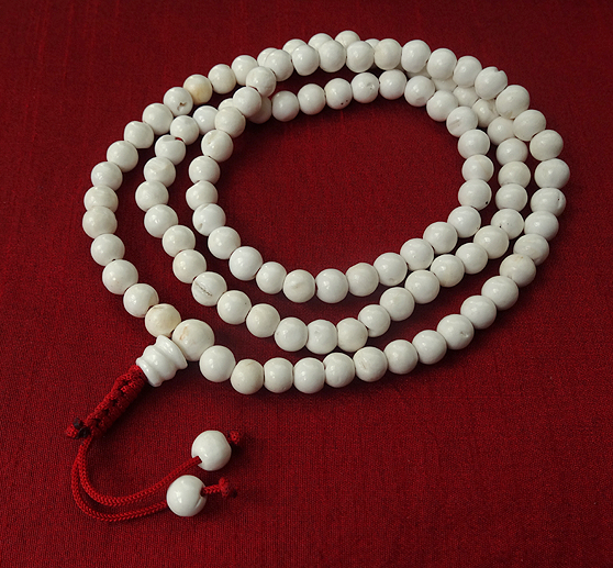 Natural Polished Conch Shell Mala - 9 mm