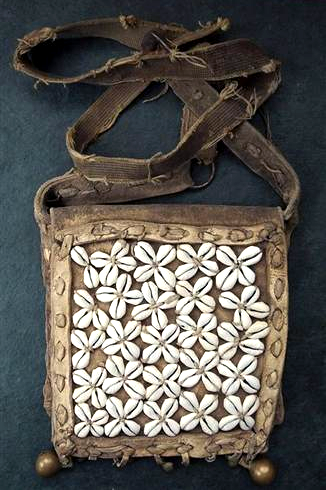 Antique Leather Tsampa Bag with cowrie shells - Early to mid 20th C