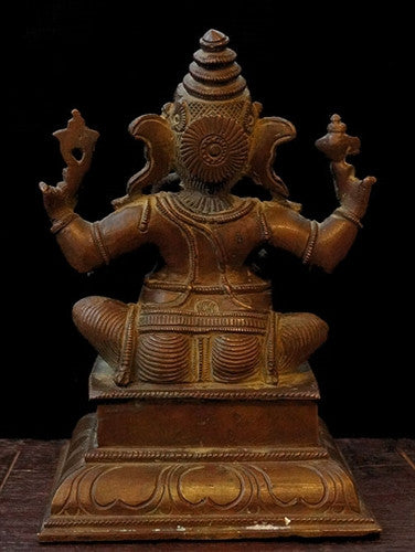 Ganesha or Ganapati with four arms.